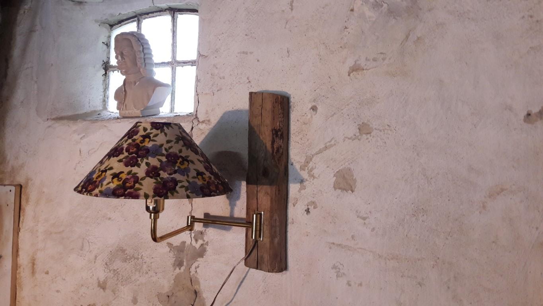 schaarlamp met viooltjeskap Handcrafted by DGH